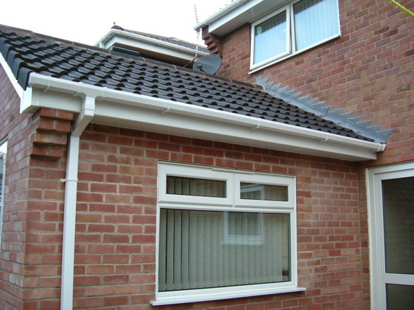 Gutter repairs and installation in the South East