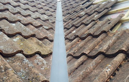 Commercial gutter cleaning in the South East